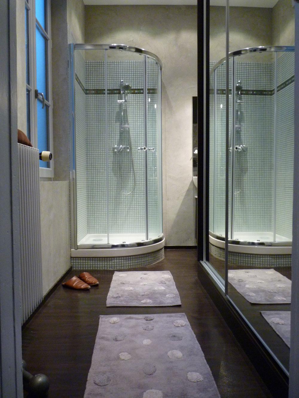 R novation de salle de bain dans un appartement rue for Renovation salle de bain lyon